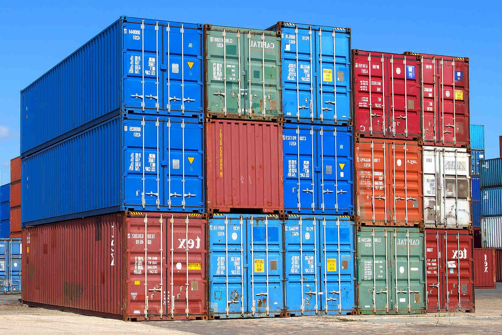 Quelle est la hauteur d'un conteneur?